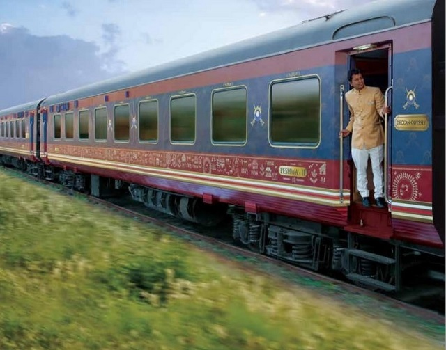 Deccan Odyssey arrives at Kolhapur on Wednesday