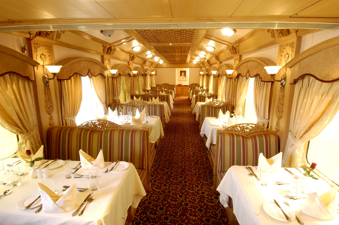 Peshwa II Dining Car – The Deccan Odyssey